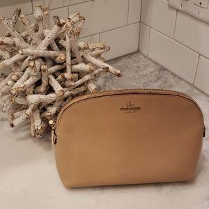 Coach Make-Up Bag / Pouch / Clutch